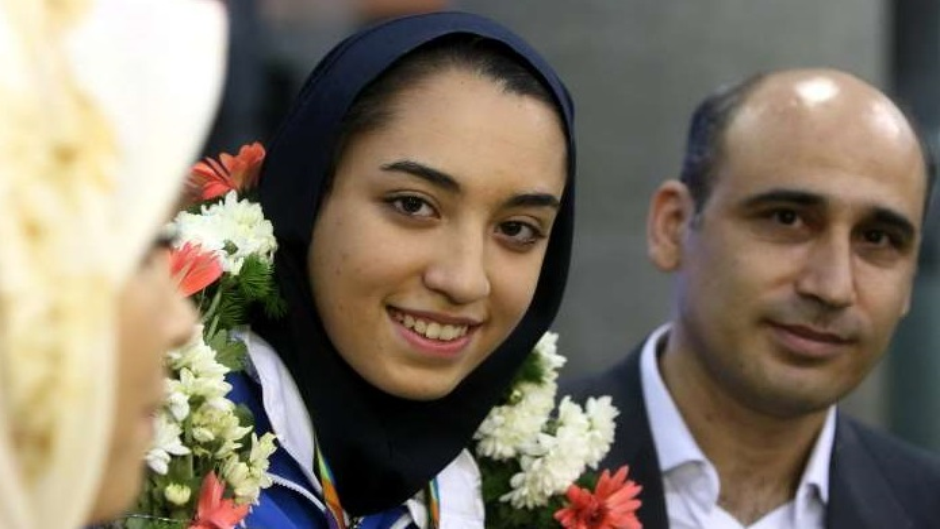 صحبت های پدر کیمیا علیزاده در مور دخترش در خندوانه + فیلم
