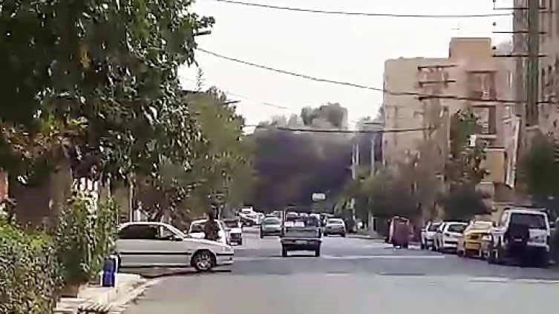 آتش سوزی خیابان دهقان ویلا در کرج + فیلم