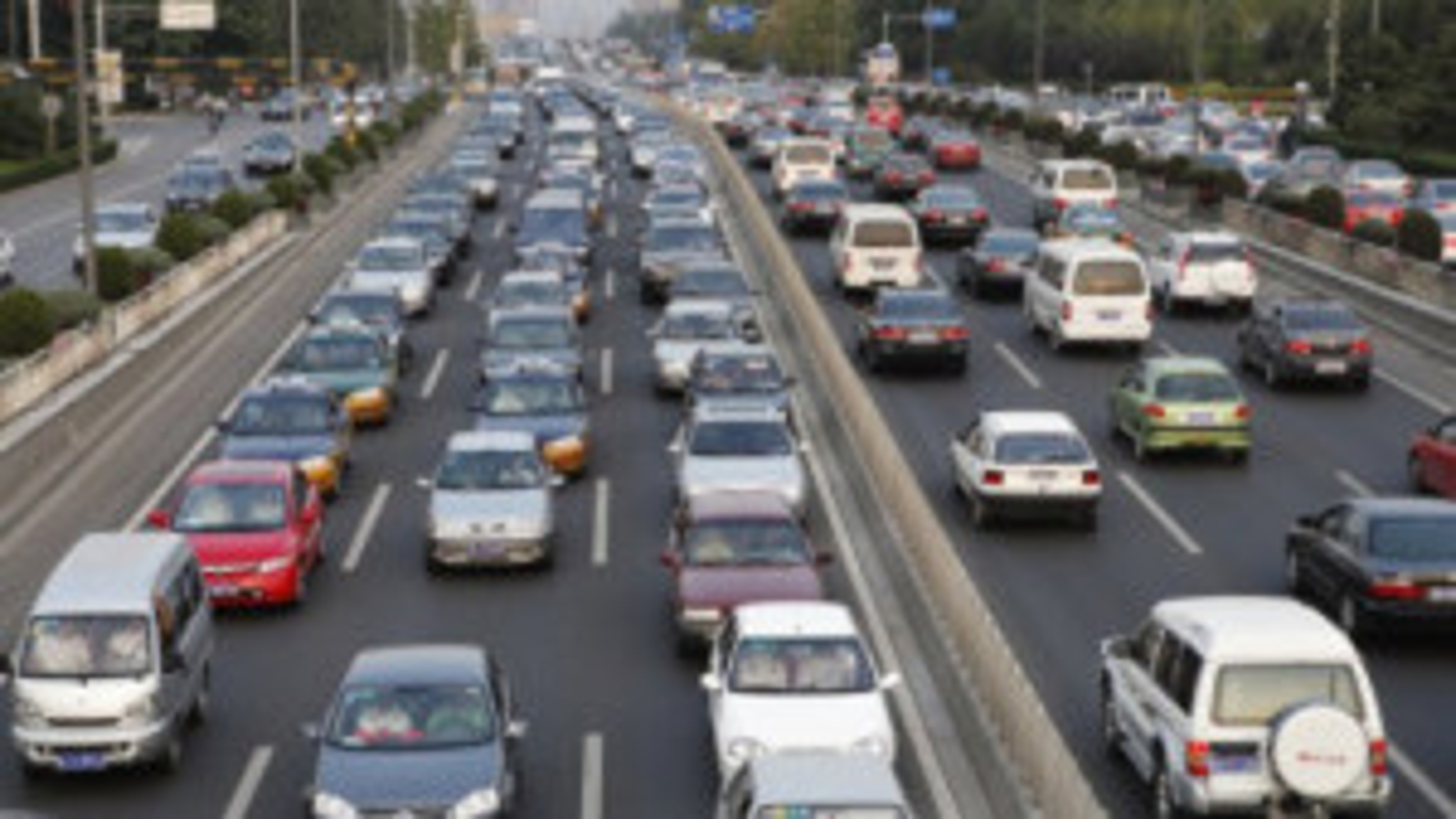 یکی از عوامل ایجاد ترافیک | فیلم