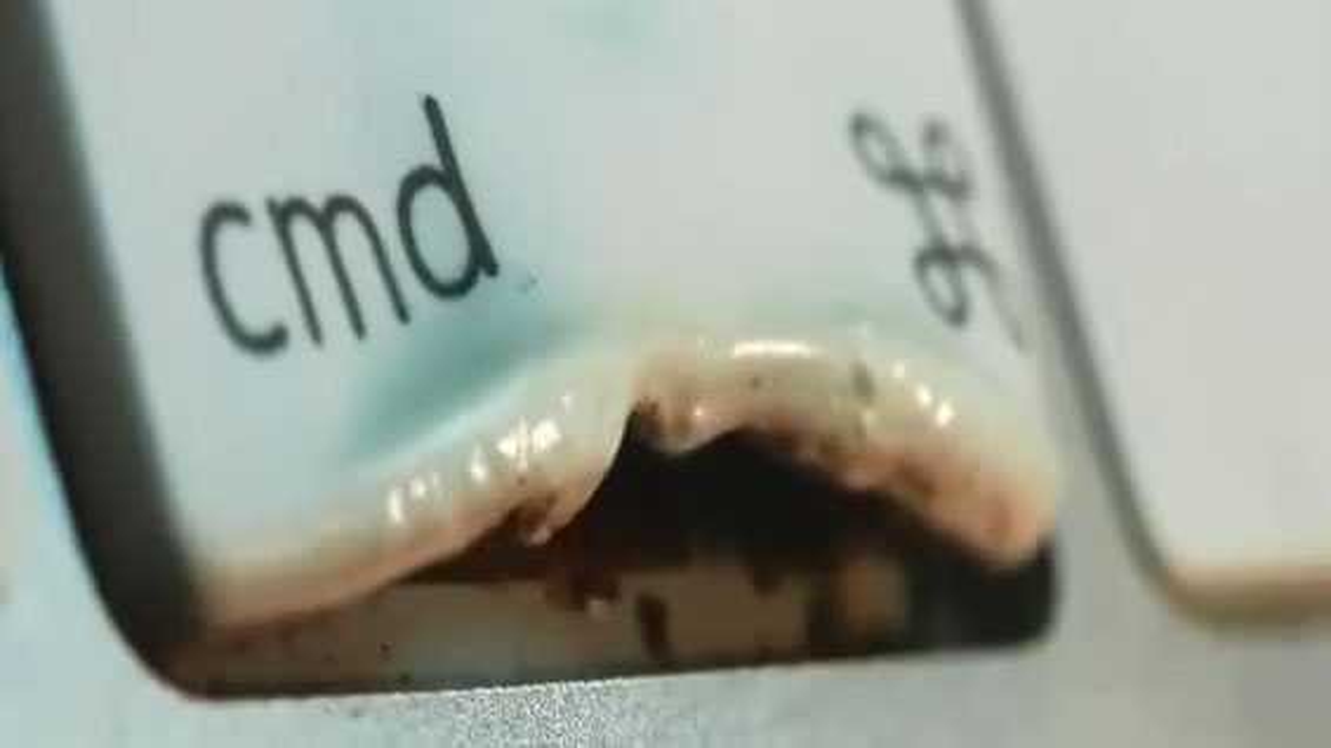 ذوب اجسام از دید ماکرو | فیلم