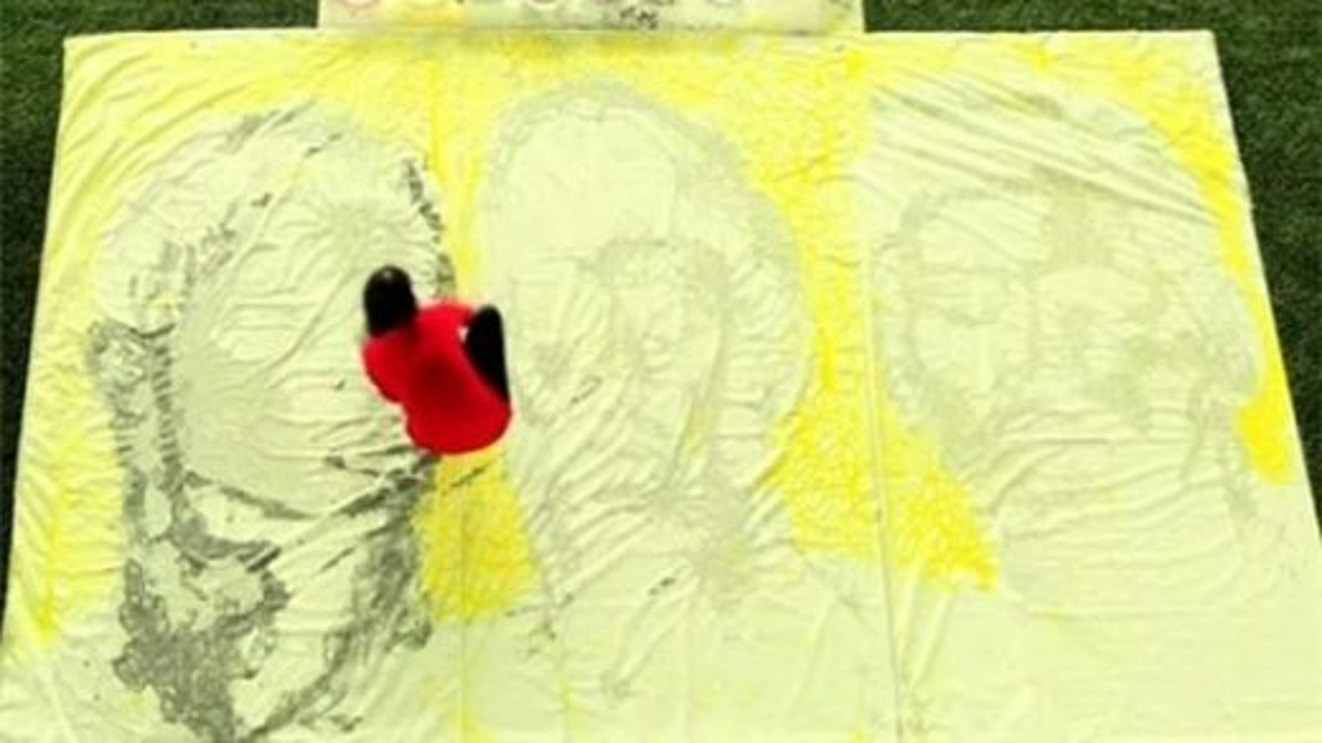 نقاشی با توپ   تگ