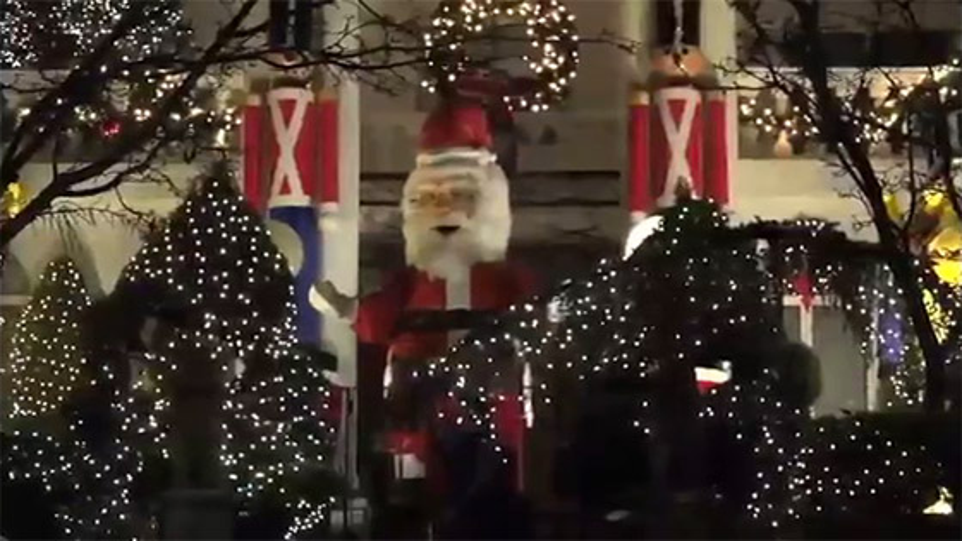 حال و هوای کریسمس و سال نو مسیحی در آمریکا   فیلم