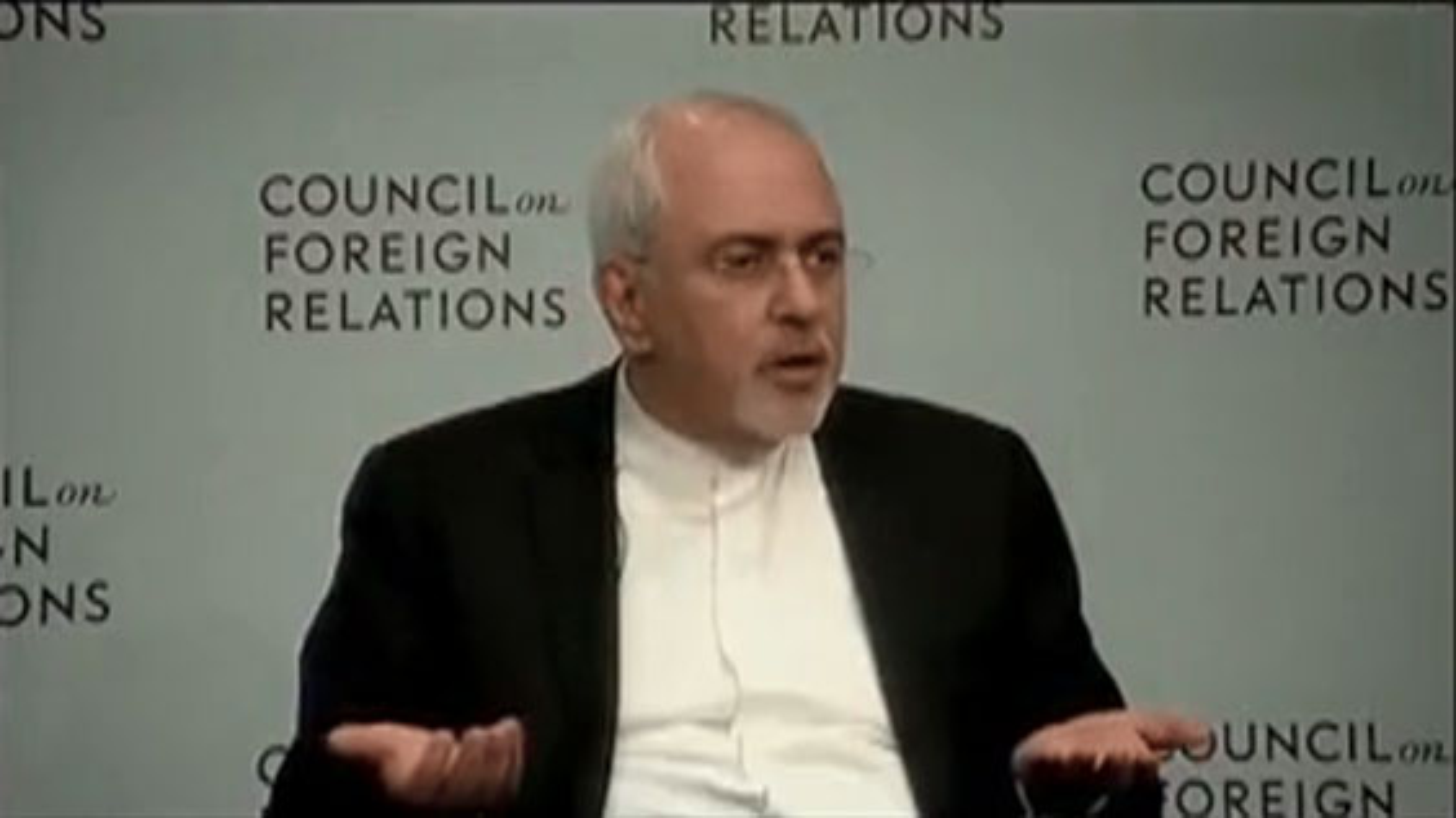 کنایه دکتر ظریف به عربستان در صفحه توییترش | فیلم