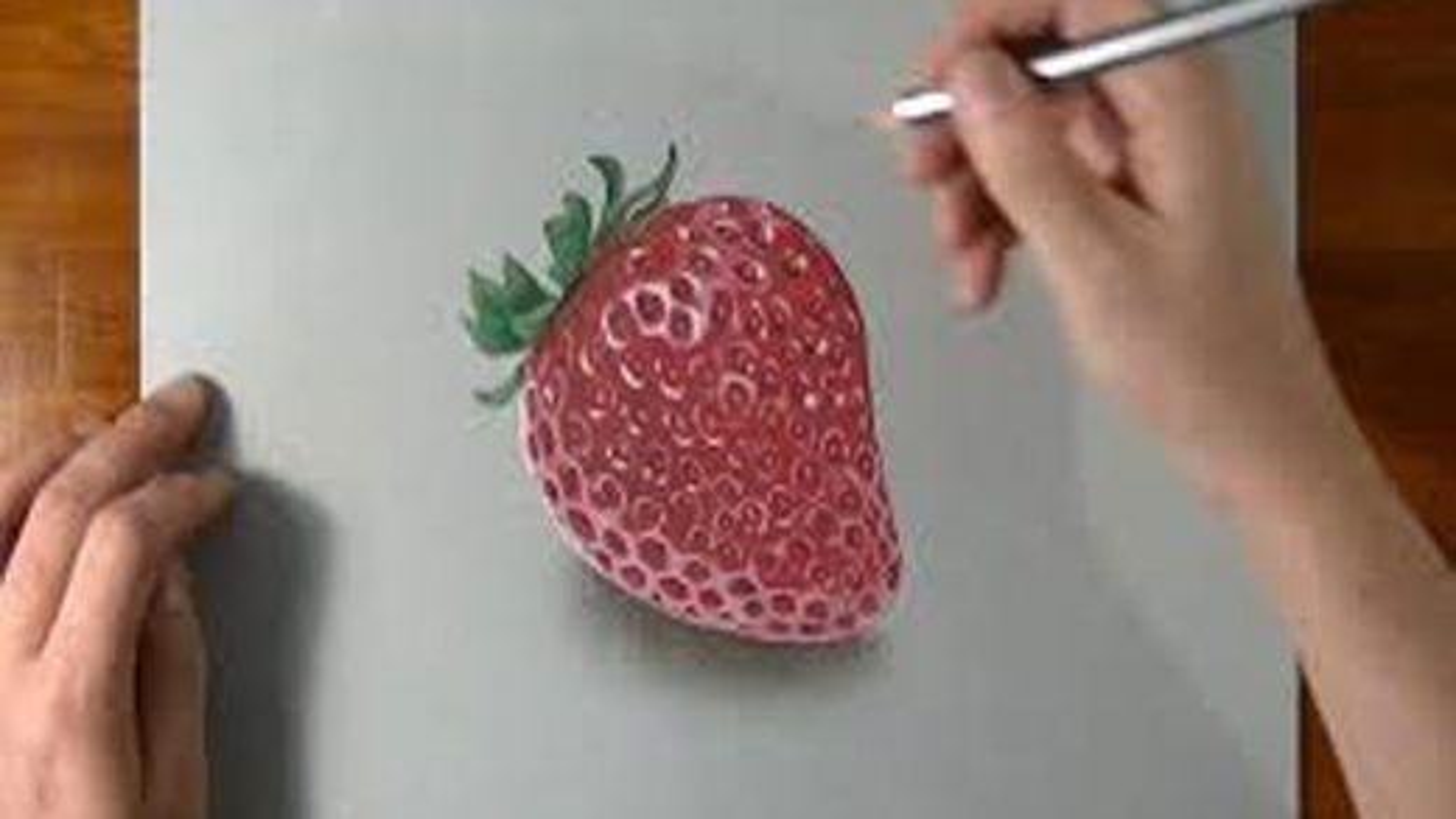 آموزش رسم سه بعدی توت فرنگی بر روی کاغذ | فیلم