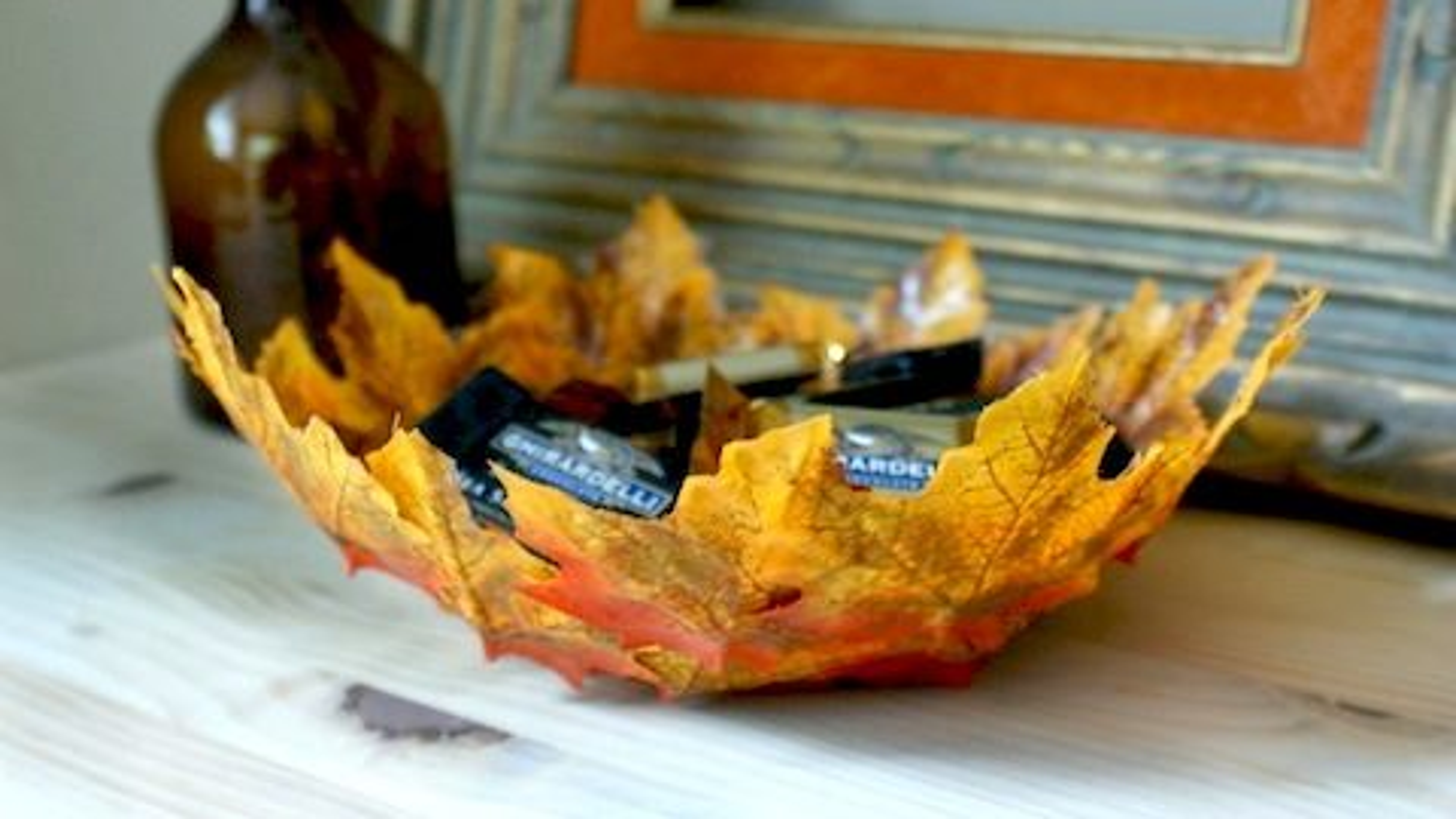 ساخت ظرف تزیینی با استفاده از برگ های پاییزی | فیلم