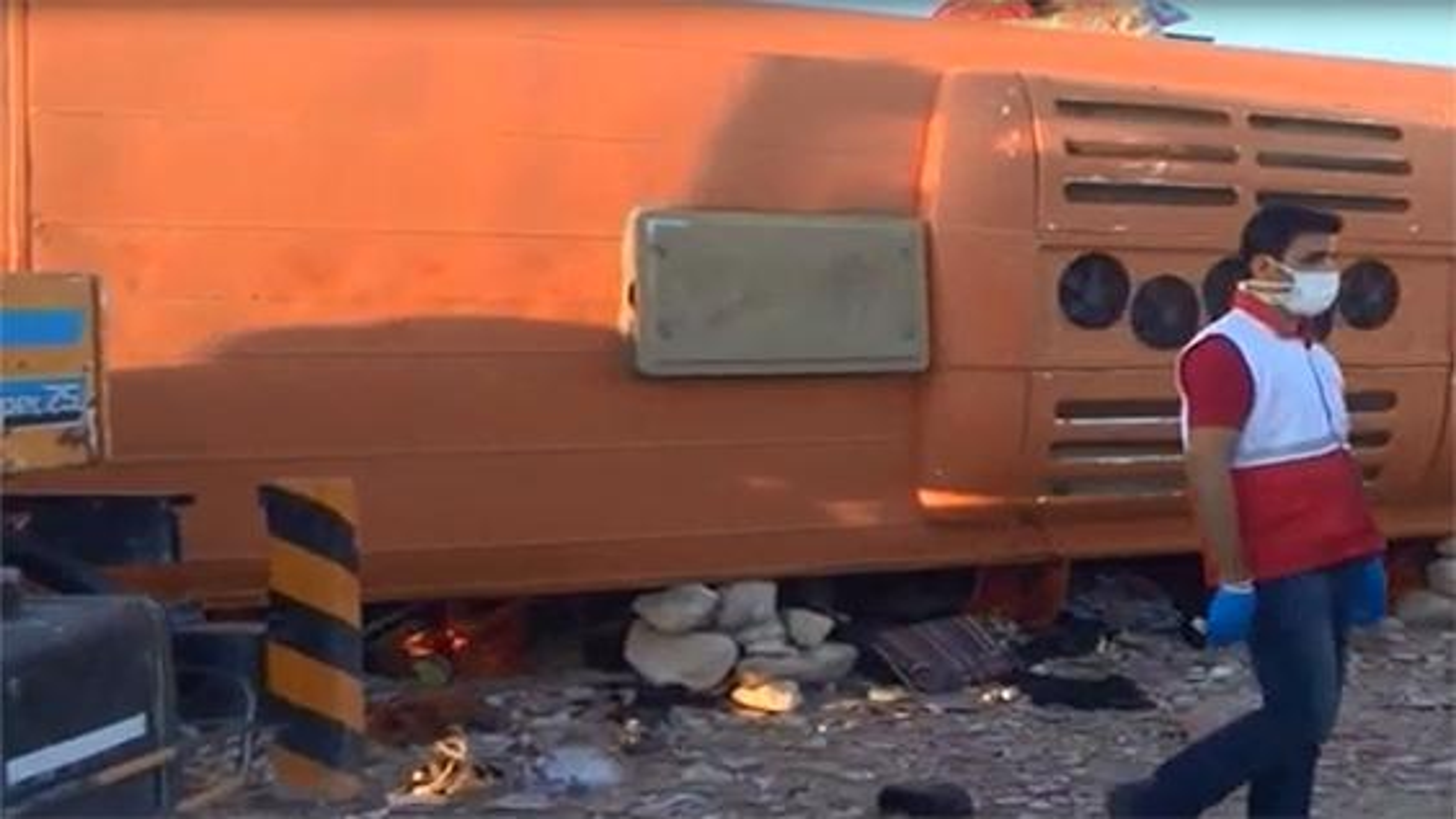 11 کشته بر اثر واژگونی اتوبوس دانشآموزان هرمزگانی | فیلم