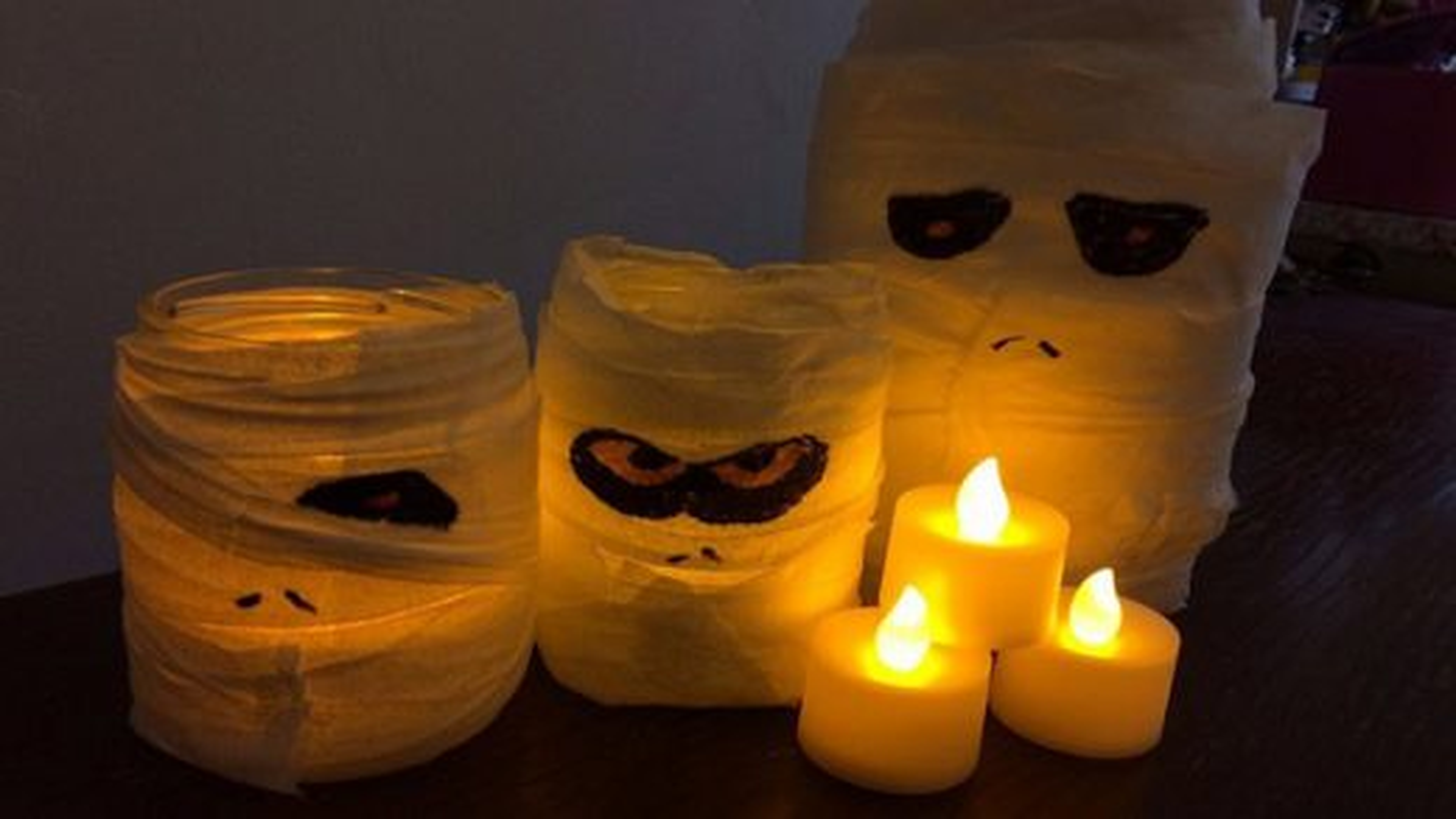 جا شمعی مومیایی | تگ