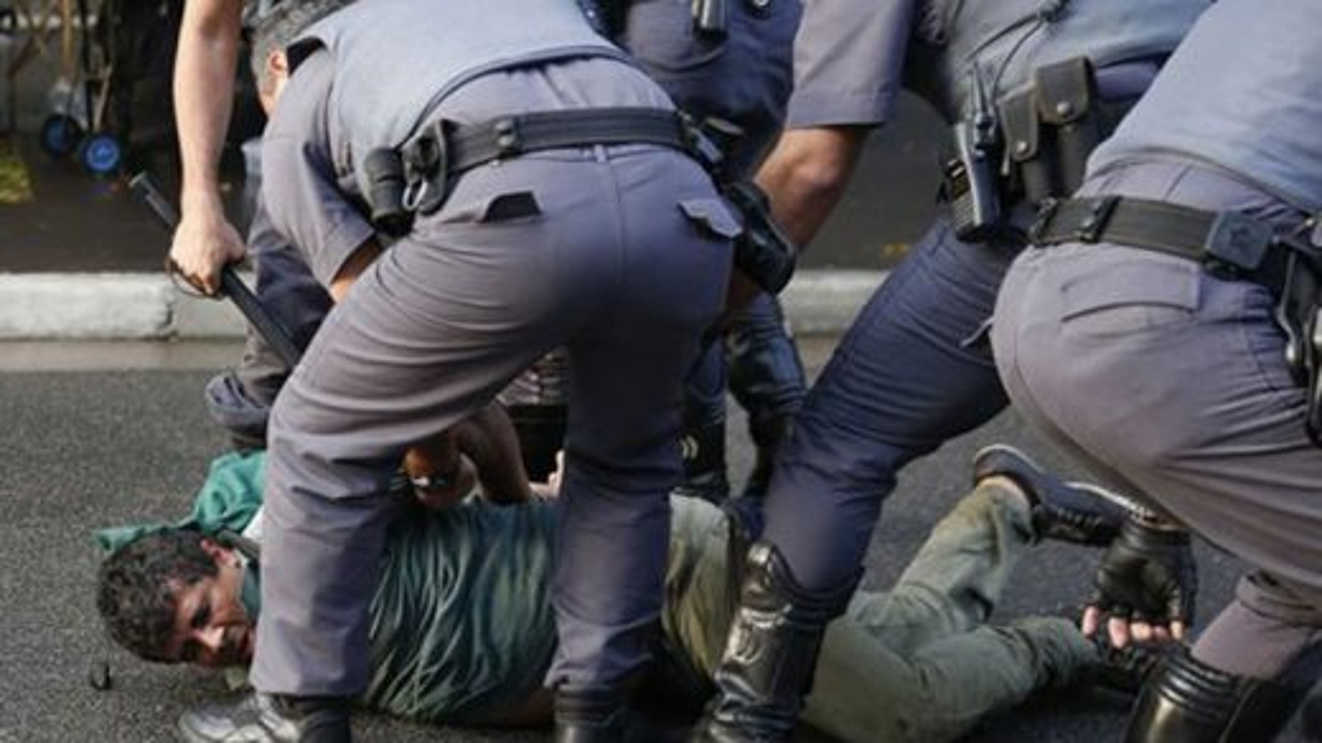 پلیس-برزیل | تگ
