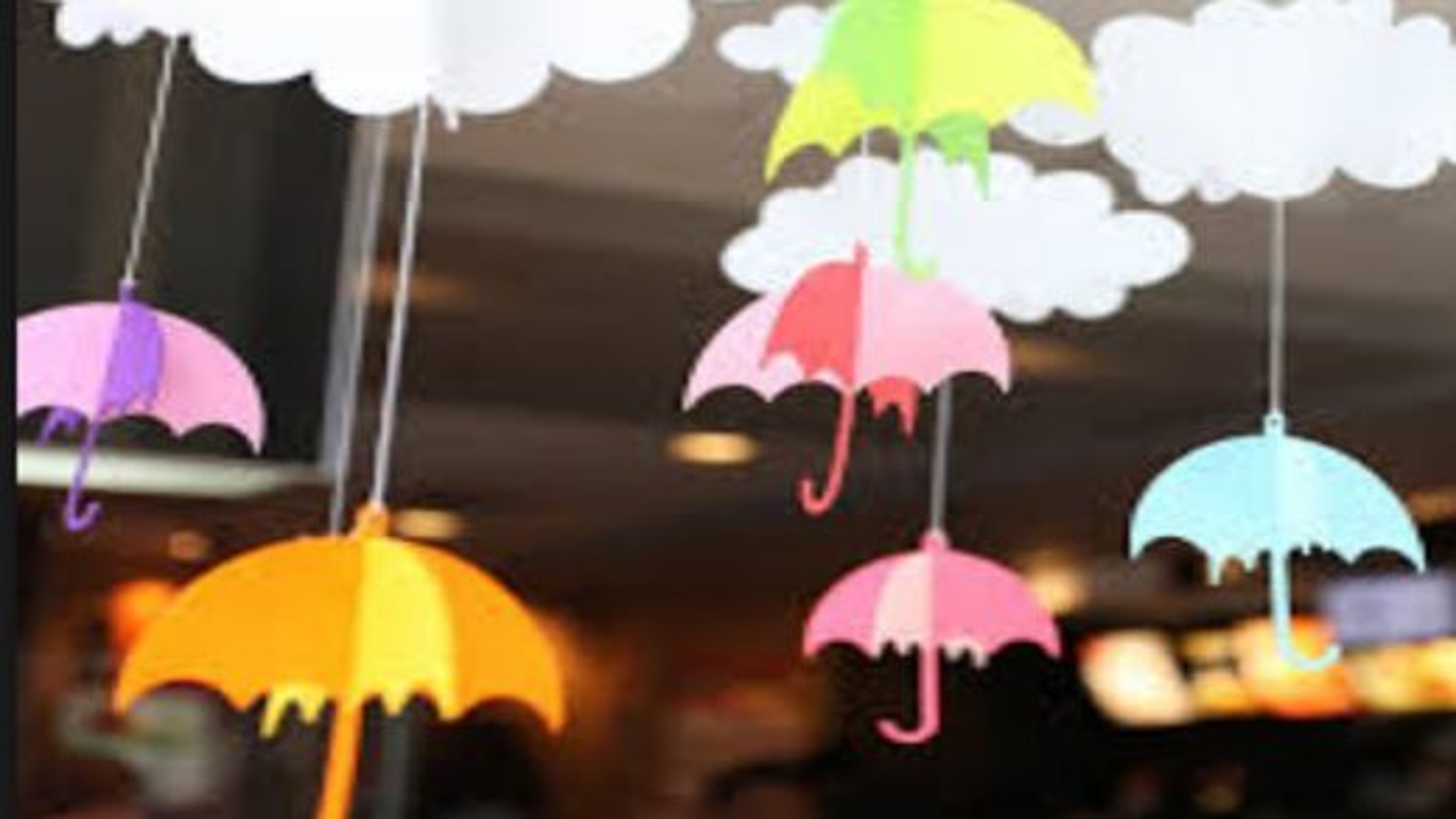 ساخت آویز چتری با استفاده از اوریگامی برای دیوار اتاق کودکان | تگ
